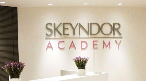 雪曼婷擴充在巴塞羅那美容水療學院,更突顯世界殿堂級品牌之地位